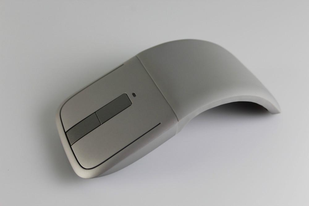 Промышленный дизайн мыши, которая гнется, выглядит как-то так