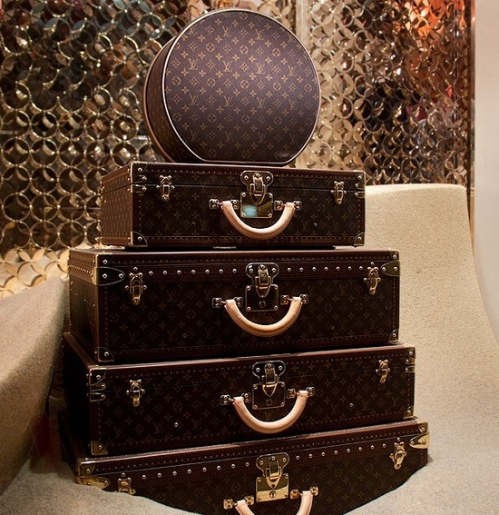 Чемоданы Louis Vuitton
